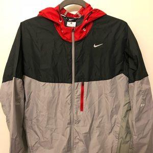 Mens Nike Hooded Windbreaker Size Medium